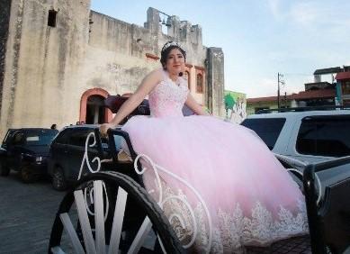 パパの愛が詰まったメキシコの女の子たちの豪華な晴れ舞台!マリアナからのキンセアニェーラレポート!!@ヒリトゥラ村